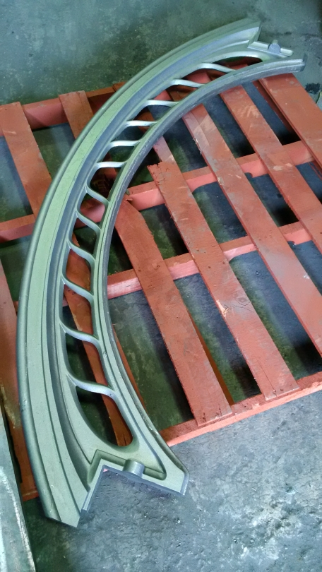 1-awg-cast-roof-iron-beam
